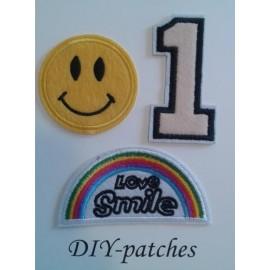 PARCHES X 3 - SMILE - APLIQUES